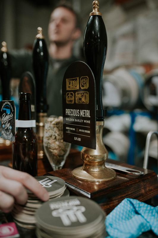 https://www.hop-kettle.com/media/About-our-beer-pub.jpg
