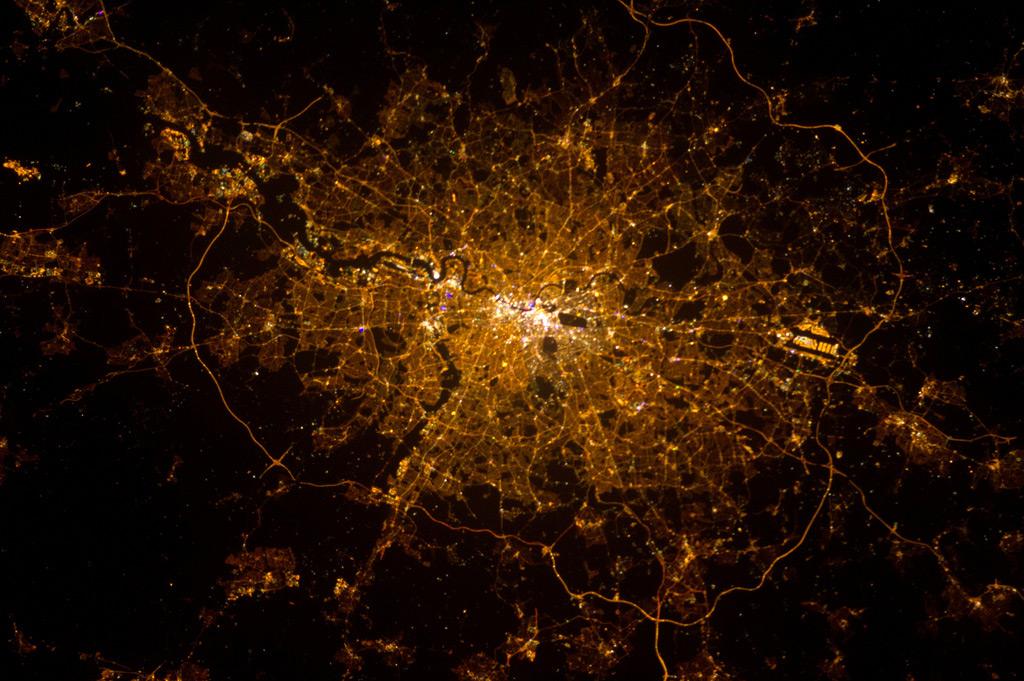 https://www.hop-kettle.com/media/London-by-night.jpg