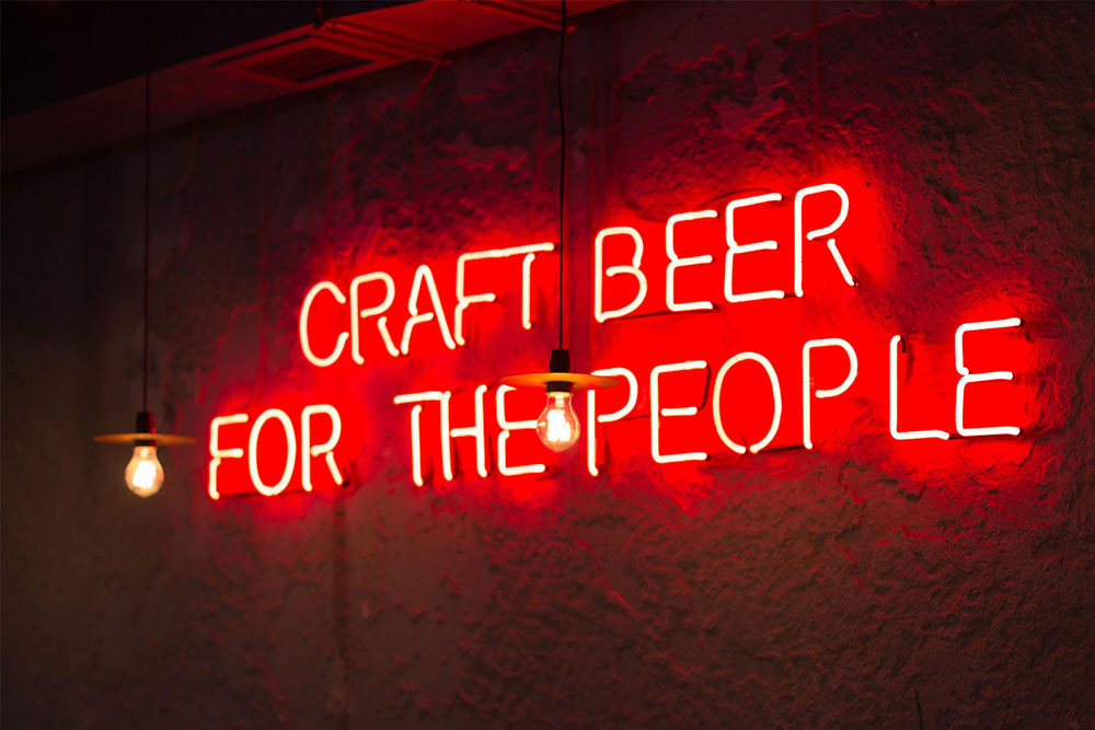 https://www.hop-kettle.com/media/craft-beer-lights.jpg